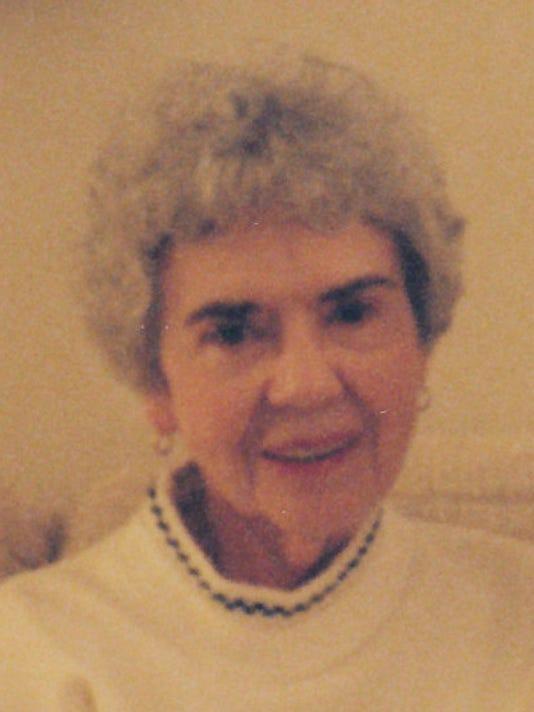 Mathes, Shirley obituary photo.jpg