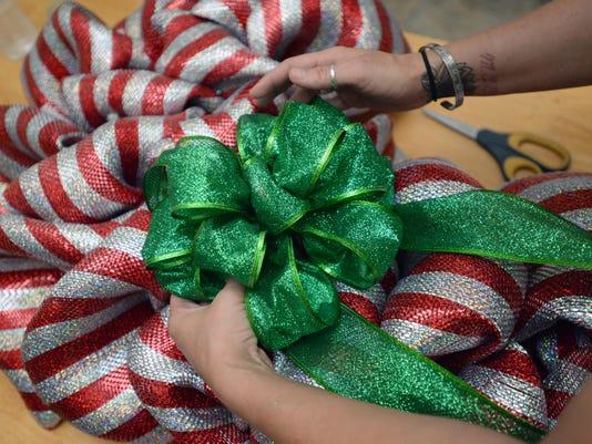 SHR wreath 1108 01