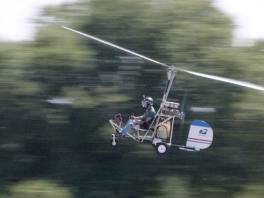 Doug Hughes flies gyrocopter to Capitol building