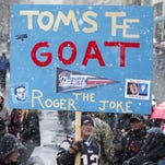 Patriots fans take aim at Roger Goodell with chants, signs during championship parade