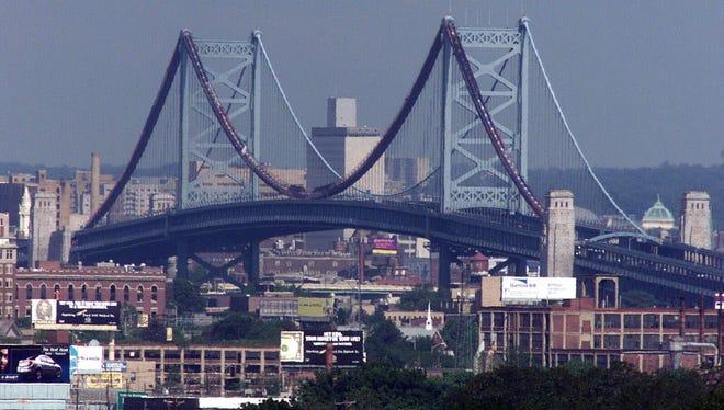 File: The Ben Franklin Bridge