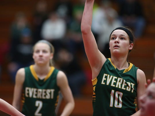 Taylor Petit (right) has helped D.C. Everest to a 3-0 start in Wisconsin Valley Conference play.