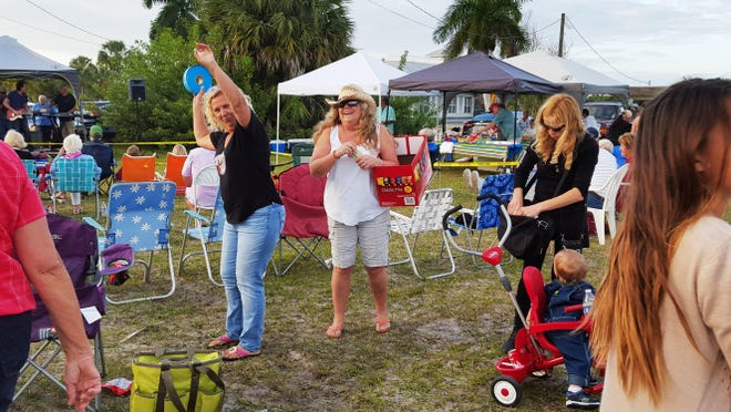 What started as a simple picnic with good food and live music turned into an outdoor dance with fun and frolicking for all ages.