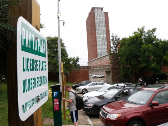 The library pay parking lot at Binghamton University
