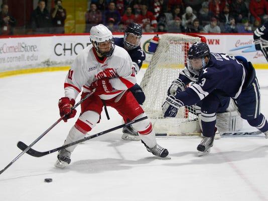ITH-0213-CornellMenHockey-LaBarbera.jpg