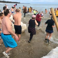 Jacksonport polar bears take the plunge