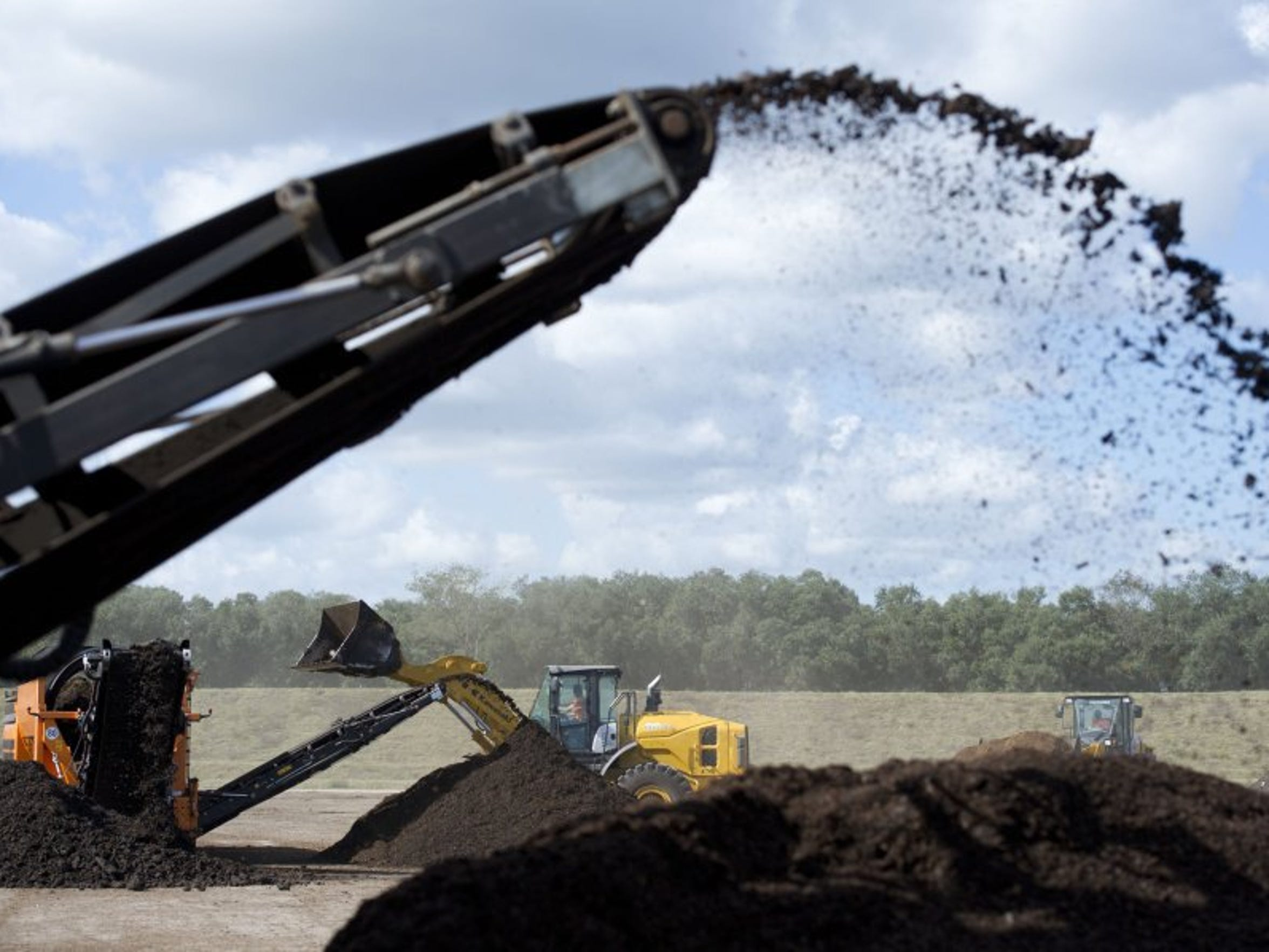 CompostUSA of Sumter County mixes biosolids, horse