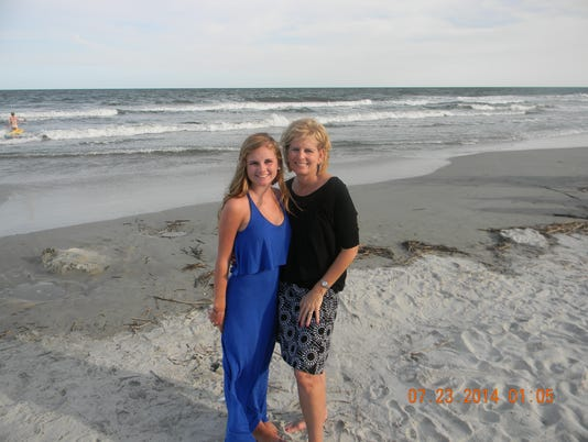 Beach_Picture-Jo_Ann_and_Grace_Fowler.jpg