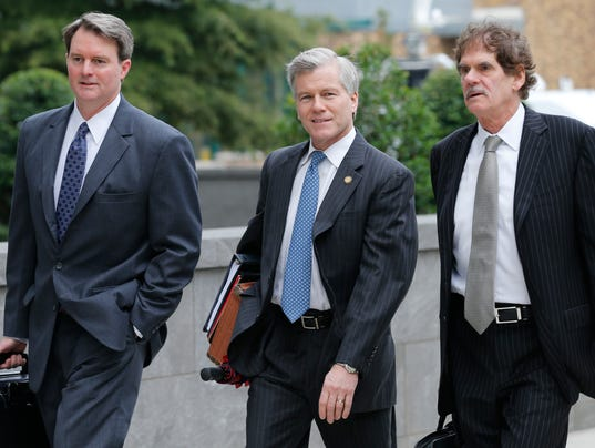 AP APTOPIX Former Governor Trial_001