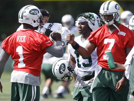 Jets Camp Football_Trau.jpg