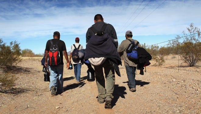 Las bajas temperaturas en el desierto de Arizona, un factor de muerte para los inmigrantes.