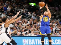 0e42704c138 Warriors sweep Spurs