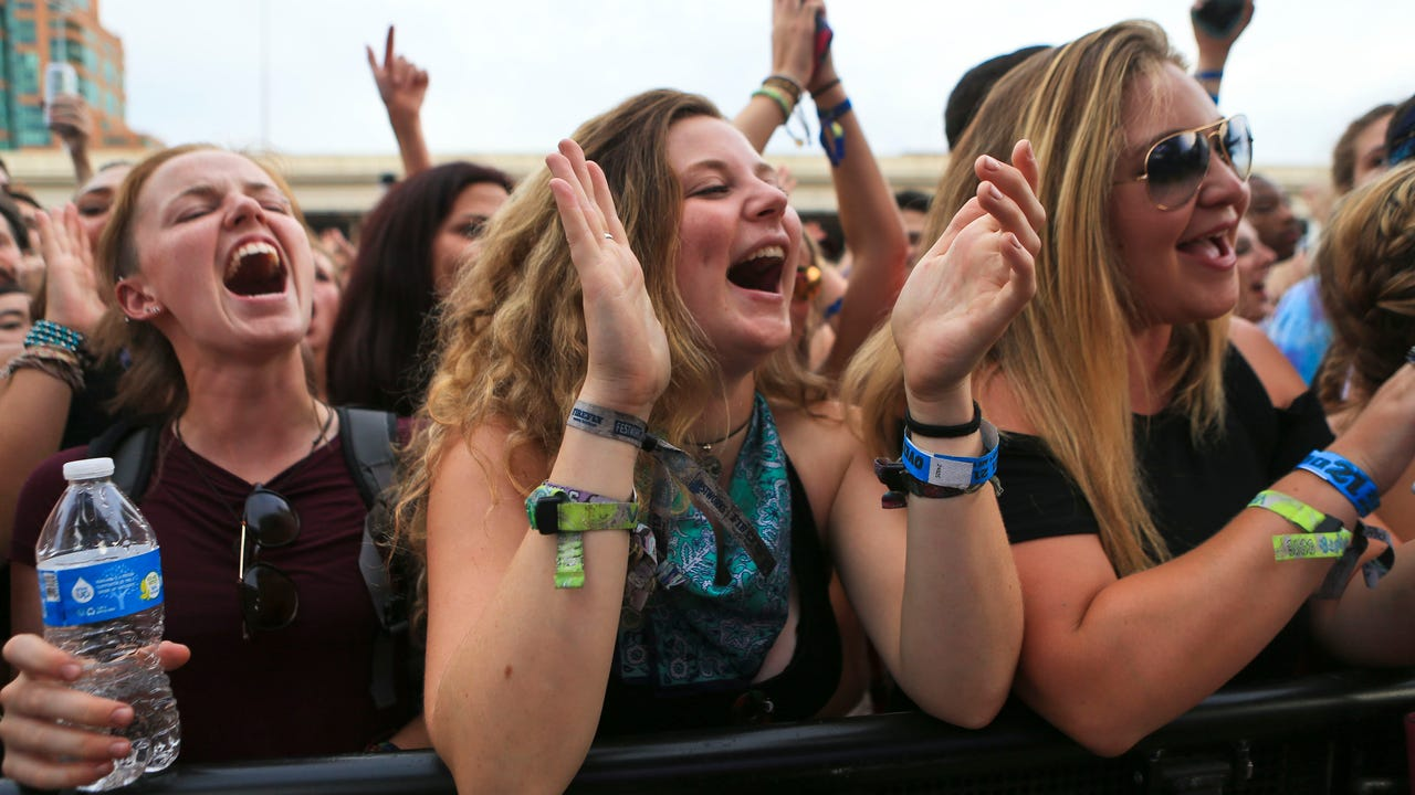 Despite a brash of harsh weather shortly after gates opened, the annual Forecastle Festival went off in full force Friday afternoon and well into the night.