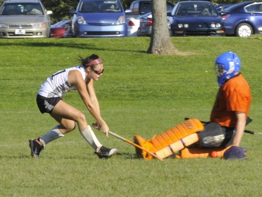 Jesse Munson makes a save against South Western's Katie Wherley.