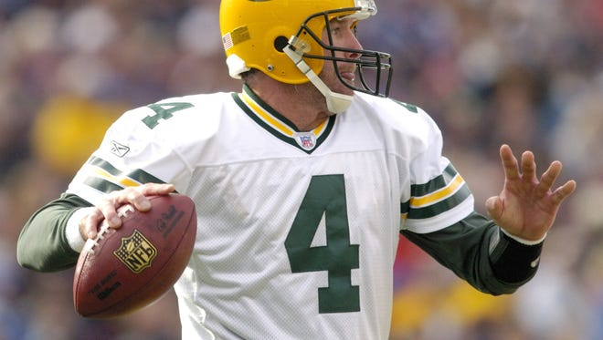 The Green Bay Packers will hold an number-retirement ceremony for Brett Favre on Thanksgiving.