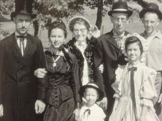 boughtonfamily-1962.jpg