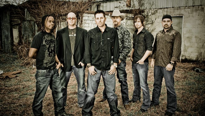 The Casey Donahew Band headlines Friday's live music line-up at the SNM State Fair.