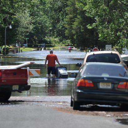 -flooding 001.jpg_20150628 (2).jpg