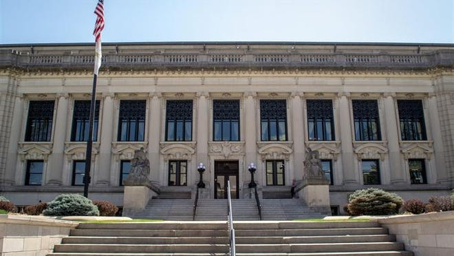 Illinois Supreme Court building in Springfield.