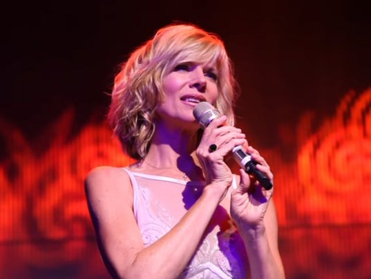 636498879345568169-1.-Debby-Boone-performing-at-a-recent-concert.jpg