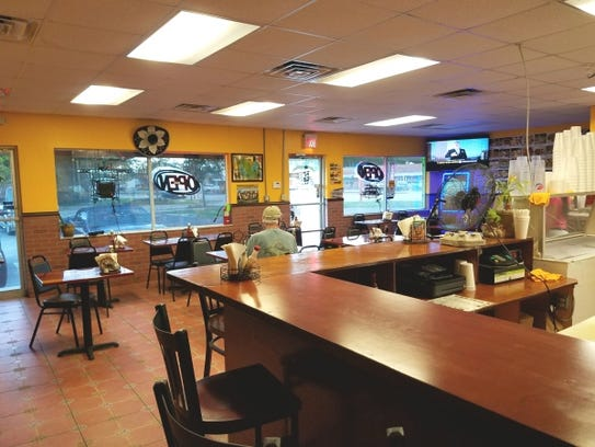 Taqueria Los Mexicanos is off Dixie Highway in Stuart