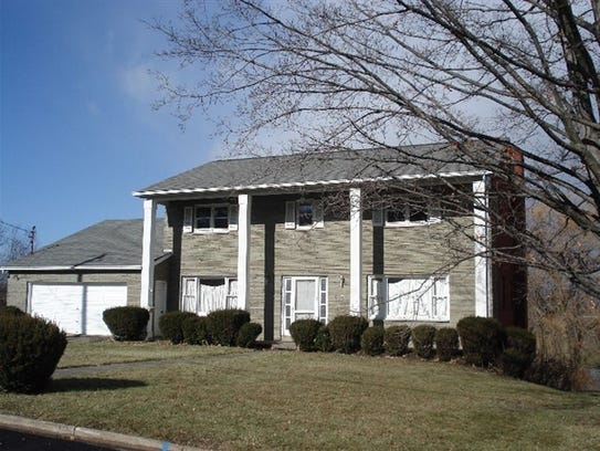 708 Redwood Ln. was sold for $304,000 on Sept. 1.