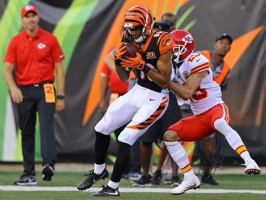 Cincinnati Bengals wide receiver Josh Malone (80) makes