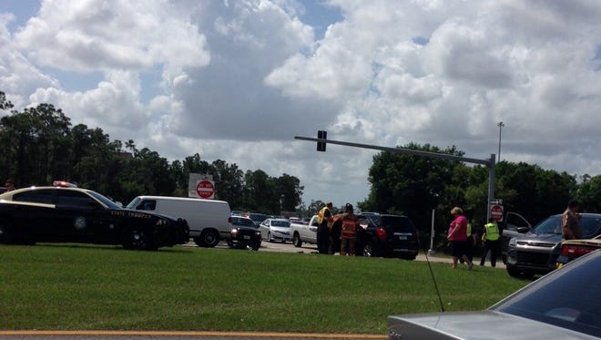 Crash at I-75 northbound and Colonial Blvd.