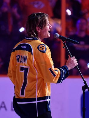 Keith Urban sings the national anthem before Game 3 of the Western Conference finals at Bridgestone Arena on Tuesday, May 16, 2017.
