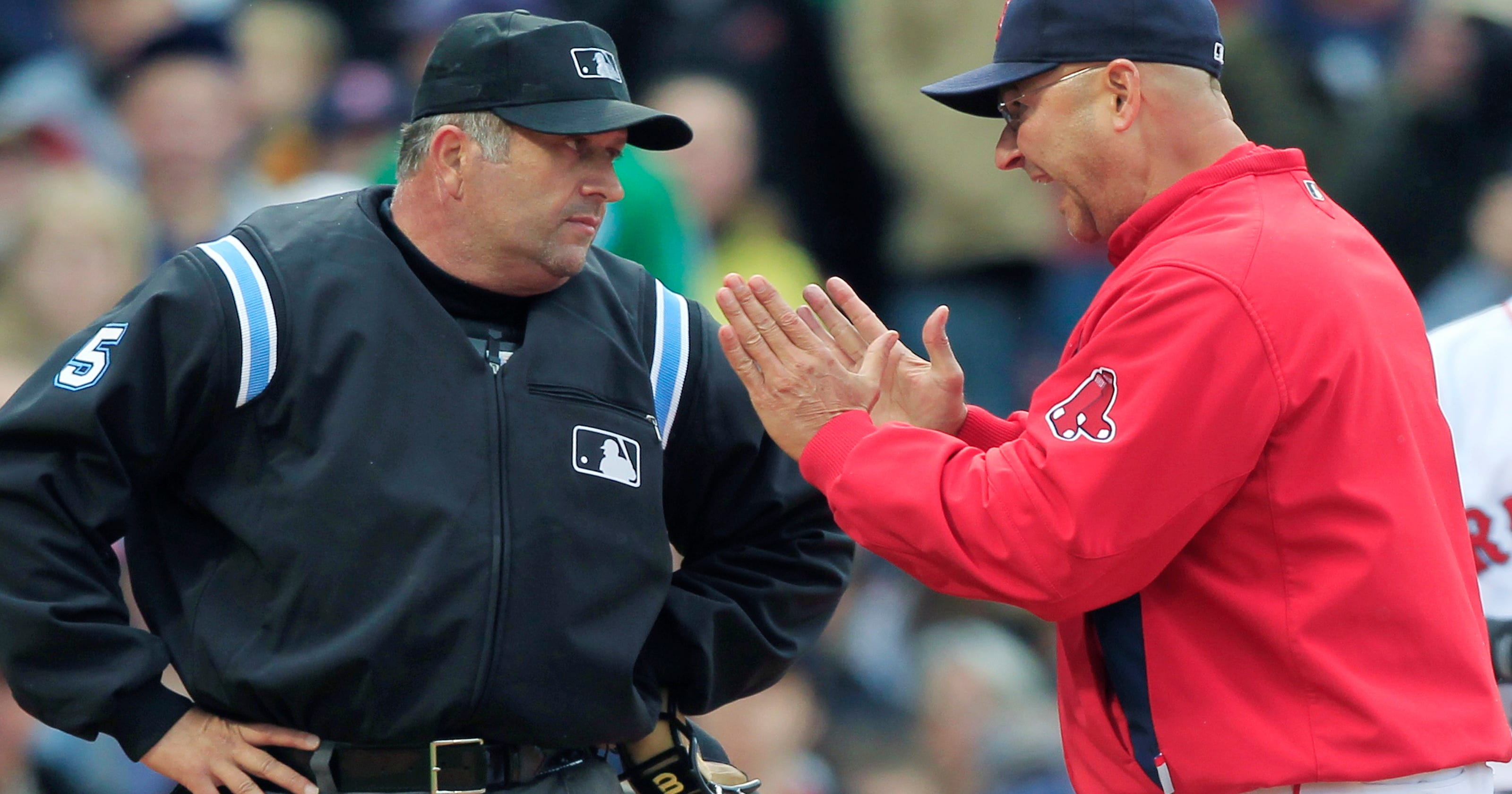 Palm Springs  Dale Scott announces his retirement as an MLB umpire e448893a08c