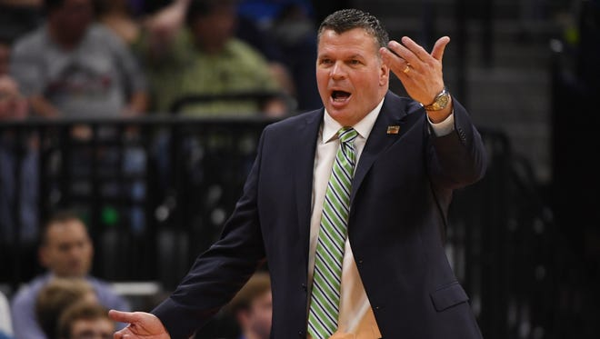 Greg McDermott has been offered the head coaching job at Ohio State.