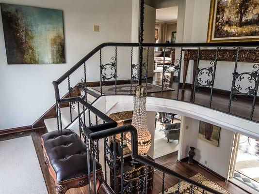 635883684854224061-stairs.jpg