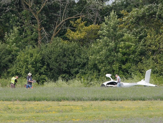 636053026098719592-FON-072816-plane-crash-1.jpg