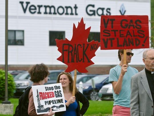 -BUR 20140527 VT GAS PROTEST C7.jpg_20140527.jpg