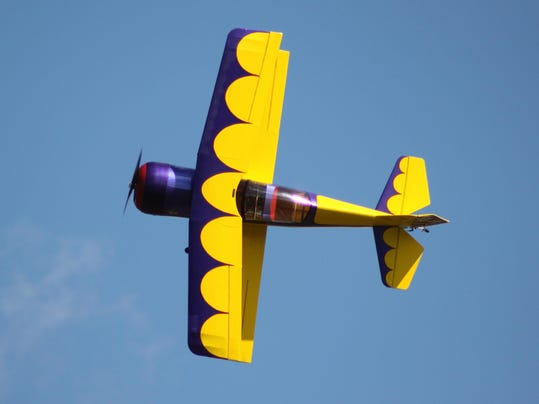 Pitts M-12 Doing What It Does Best