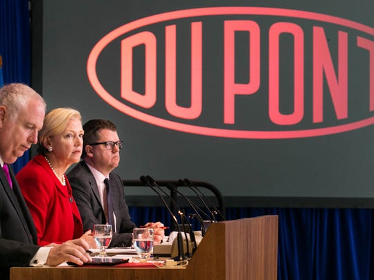 DuPont CEO Ellen Kullman (center) during the annual shareholders meeting. Kullman has announced she is retiring.