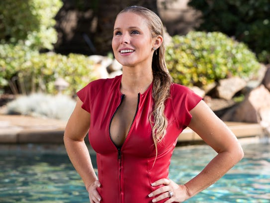 Kristen Bell went full 'Baywatch' for her role in 'CHIPS.'