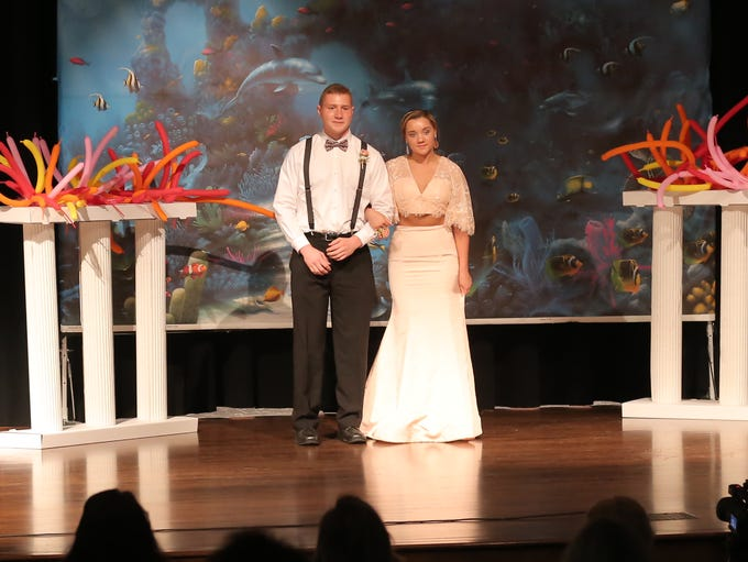 Madison Prom Grand March 2018