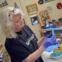 Boykin gathers artisans to create mosaic of her own, Pieces of Grace