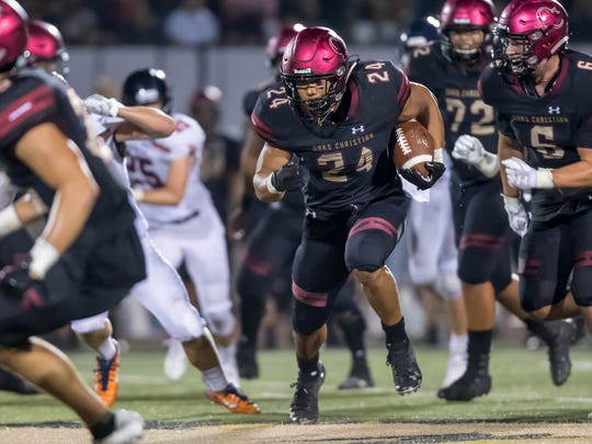 Zach Charbonnet and Oaks Christian put their unbeaten record on the line when they face Calabasas in a huge Marmonte League game Friday night. (Photo: Marvin O. Jimenez, Special to the Star)