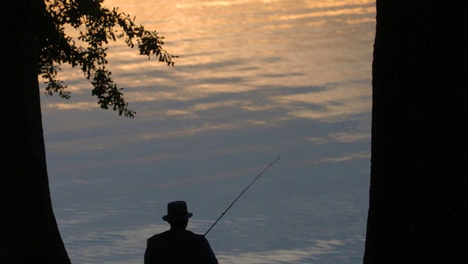 Mississippi residents have the opportunity to fish for free this week.