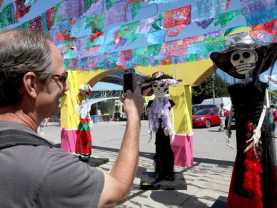 Photographs from Mexican Fiesta held at the lakefront