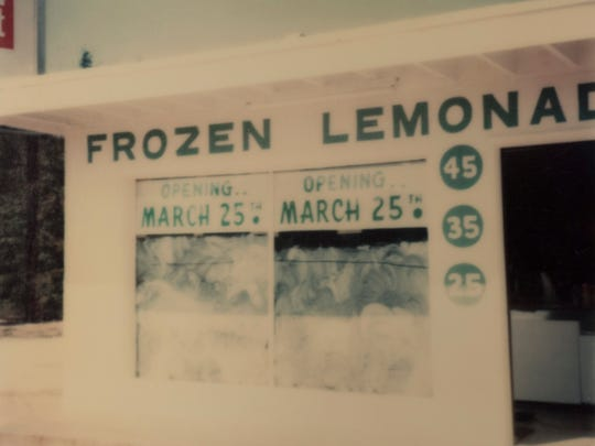 A photo of Damian's Frozen Lemonade on grand opening day in the late 1970s.