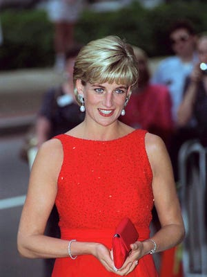 Diana, Princess Of Wales, Attending A Gala Dinner To Raise Funds For The American Red Cross In Washington.