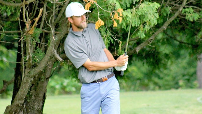 Somersworth's Harvin Groft came from behind Sunday to win his first Seacoast Amateur Golf Championship at Rochester Country Club.