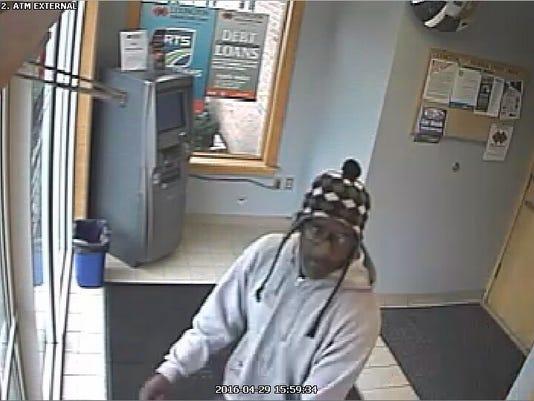635978035279158719-Robbery-1.jpg