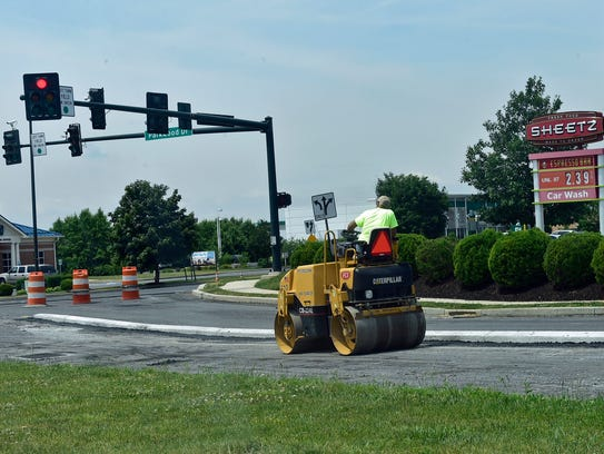 A series of road projects in the area of Norland Avenue