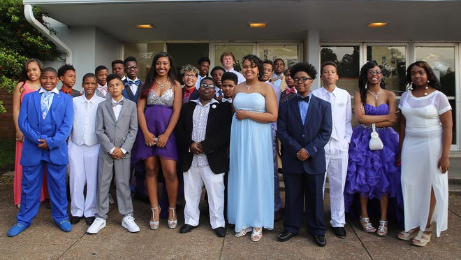 I.B. Tigrett Middle School hosted their final formal dance on Tuesday, May 10, 2016. The school is set to close at the end of the school year, and reopen as a Montessori school in the fall under Vision 2020.