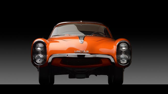 This 1955 Lincoln concept, the Indianapolis, is amazing from any angle