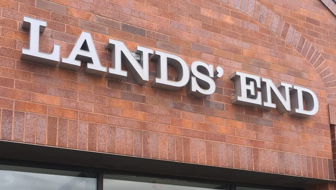 Retailer Lands' End saw sales decline and losses widen in the first quarter of 2017.